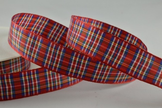 53780 - 16mm Red Tartan Ribbon (25 Metres)