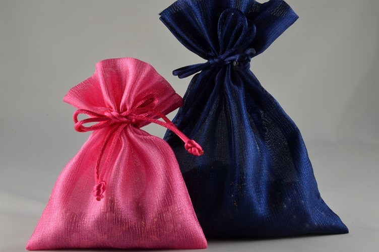 88004, 88005 - Coloured Satin bags with Tassels  (6 Bags per Pack)