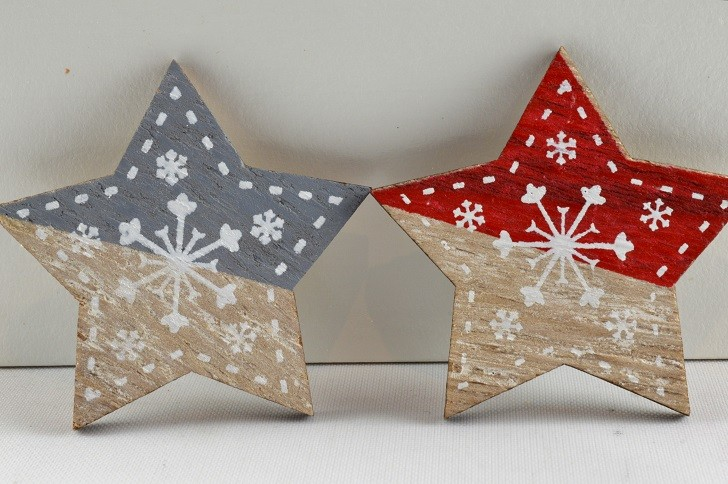 88027 - 45mm Adhesive Wooden Decorative Stars (6 Pieces)