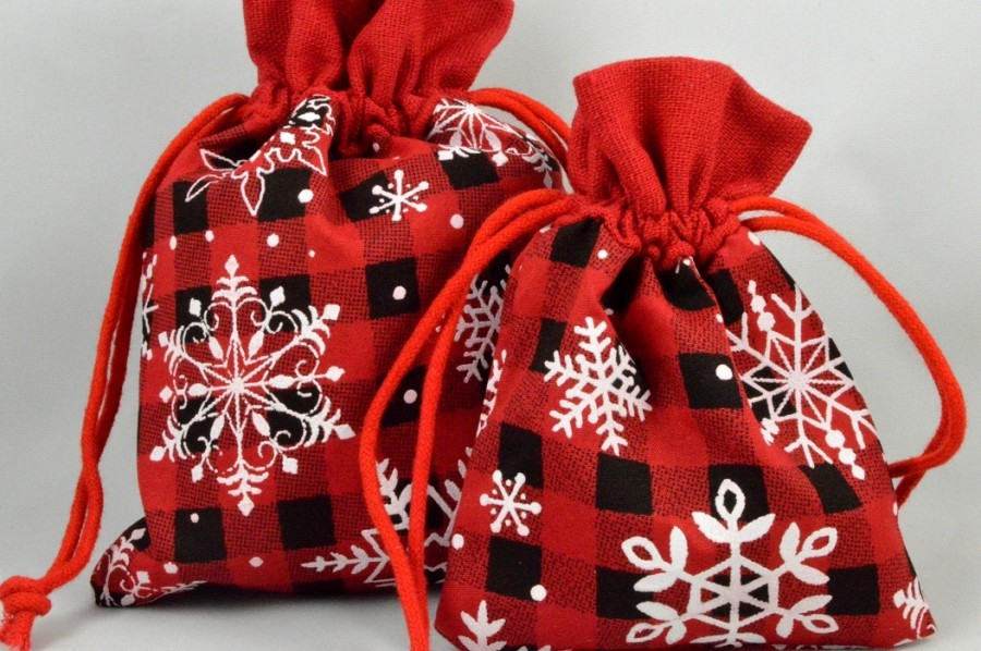 Set of 3 Small or Medium Merry Christmas Snowflake Bags & Draw Strings!