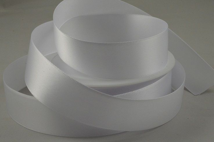 93977 - 15mm White Double Sided Satin x 25 Metre Rolls!