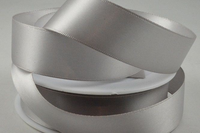 93977 - 10mm Light Silver Double Sided Satin x 25 Metre Rolls!