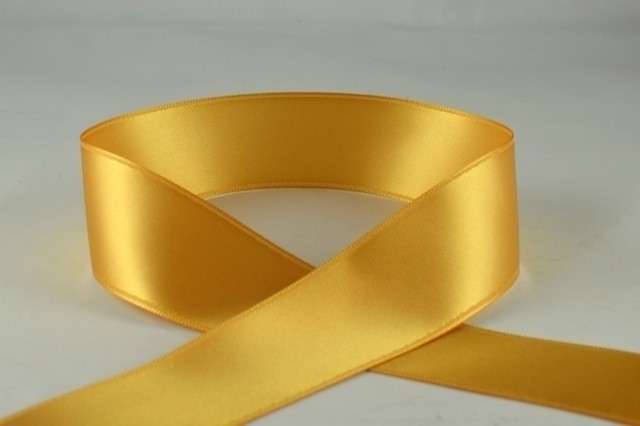 93977 - 7mm Gold Double Sided Satin x 25 Metre Rolls!
