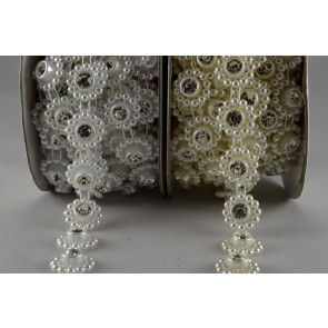 88058 - 14mm Bead Decorations with Central Crystal x 3 Metre Rolls!!