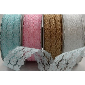 88072 - 25mm Triple Flowered Lace Design x 10 Metre Rolls!!
