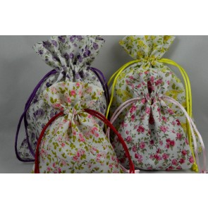 88166 - Set of 3 Small Or Medium Floral Gift Bags with Draw Strings!